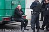 Festnahmen bei Bärgida (Theo Schneider) Tags: berlin protest demonstration polizei skinhead springerstiefel rassismus rechtsextremismus aufmarsch festnahme bereitschaftspolizei rechtsextreme washingtonplatz gegenausländer bärgida gegenasyl