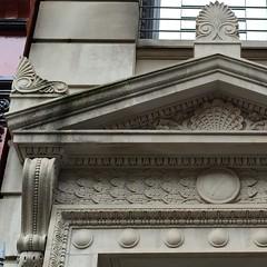 NYC_BDWY_832_003 (TNoble2008) Tags: louis ornament console pediment 1896 acroteria doorsurround ornamentshell ornamentanthemion ornamentbayleaf architectlouiskorn