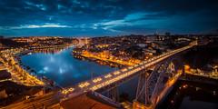 La ciudad que inspira (Giacomo della Sera) Tags: bridge blue light sunset red luz portugal rio azul river landscape puente atardecer rojo arquitectura europa europe nightscape paisaje porto bluehour oporto duero inspiracin nd09