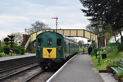 1125 at Ropley. 24/4/16 (Nick Wilcock) Tags: railways thumper 1125 demu ropley midhantsrailway class205 dieselgala brgreen