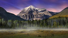 Mount Robson, British Columbia, Canada :: 0.6   ND Lee Filters (:: Artie | Photography :: Travel ~ Oct) Tags: longexposure sunset mist mountain snow canada mountains nature misty fog photoshop canon landscape natural outdoor britishcolumbia tripod hill foggy peak filter lee nd northamerica serene mountainside mountrobson 06 ef density foothill artie neutral canadianrockies rainbowrange snowcappedmountain f4l mountainpeak 24105mm cs6 neutraldensity leefilters 5dmarkiii 5dm3