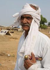 Horses Owner (Simon Maddison LRPS) Tags: raw pushkar rajasthan