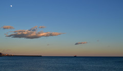 (Katsuhiro Rodrguez) Tags: moon clouds mar barco ship andalucia luna nubes malaga mlaga