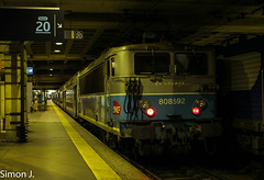 BB 8592 (bb_17002) Tags: paris station train gare centre railway montparnasse chartres idf sncf ter bb8500 vo2n