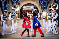 2016 DLR - Mickey and Minnie Kissing (Eddison Esteban) Tags: disneyland d4s disneyland2016