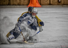 * (G Er Foto) Tags: ice sport factory thumbsup bandy idrott arenan unanimous ifkrttvik