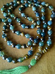 12295530_1572257683090605_4442019417917445765_n (innerjewelz@rogers.com) Tags: handmade traditional jewelry jewellery meditation custom mala 108 mantra intention knotted japamala innerjewelz