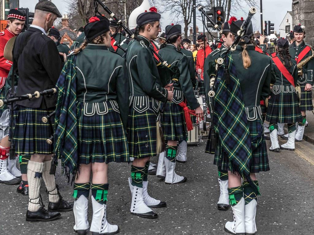 SHORECREST HIGH SCHOOL [ST. PATRICK'S PARADE IN DUBLIN 2016]-112245