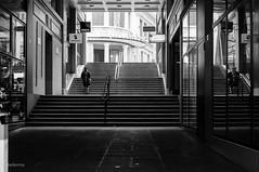 Alhambra (fotoleder) Tags: suisse noiretblanc hiver nb genve thtre ville escaliers alambra magasins 2015 photoderue piton ruesbasses