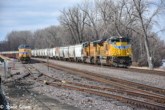Running wrong main. (Machme92) Tags: railroad usa up washington union rail row missouri rails ge railyard railfan railroads railroading emd railfanning gevo railfans unionpacifc