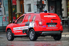 Sapeurs-Pompiers | Dacia Duster (spottingweb) Tags: france car advertising rouge pub offroad 4x4 ad voiture parade course renault sp duster vehicle aso tourdefrance suv publicit pompier spotting vlo advertisment sdis spv cycliste caravane dacia tape coureur letourdefrance sirne spp vhicule sapeurspompiers toutterrain lagrandeboucle gyrophare volontaire caravanepublicitaire ministredelintrieur soldatdufeu amaurysportorganisation horsroute spottingweb