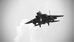 Landing. Lights On. Gear Down. (_J @BRX) Tags: blackandwhite bw usa airplane us suffolk noir fighter eagle aviation jet aeroplane landing usaf av raf f15 unitedstatesairforce lakenheath f15e 494 strikeeagle 48fw 960201 48thfighterwing 494thsquadron march2016
