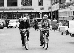 _DSC0160.jpg (matthew w mullins) Tags: seattle blackandwhite love washington candid sony streetphotography pikeplacemarket pnw pnwcollective