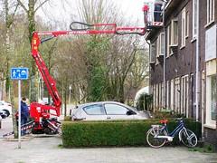 SKY-TRAIN (streamer020nl) Tags: city holland netherlands town nederland groningen renovation skytrain paysbas stad niederlande renovatie 2016 hoogwerker paterswoldseweg borent 230316