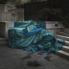Covered (Julio Lpez Saguar) Tags: madrid street urban espaa calle spain under covered inside urbano behind concept dentro concepto detrs debajo cubierto tapado juliolpezsaguar