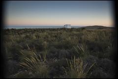 ESPERA A LA PRIMAVERA XI (Alex Olea) Tags: house beach casa twilight playa murcia ocaso calblanque