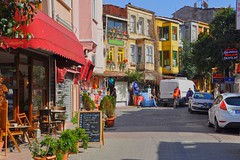 Balat, Istanbul (yonca60) Tags: street houses casa calle colorful maisons istanbul oldcity strabe balat colorfulhouses fener oldistanbul