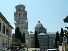 20150610-019F (m-klueber.de) Tags: italien italia dom pisa campanile duomo toscana turm toskana 2015 schiefer romanisch romanik mkbildkatalog 20150610 20150610019f