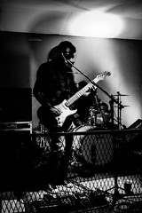 Nuitilfait (martinnarrua) Tags: bw music white black byn blanco argentina rock del uruguay nikon live negro livemusic bn concepcin entre ros amateur msica monocromtico nikond3100 nuitilfait