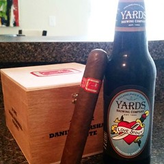 Cigarfest pregame #YardsBrewing Love Stout and #DanielMarshall Red Label Gigante #cigarsnob #cigarsmoker #cigarlifestyle #cigarlover #nowsmoking #nowdrinking #beer #cigarporn #cigaroftheday #cigarart #cigarpairings #cigaraficionado #DMcampfire Thecigarpho (thecigarphotographer) Tags: cigars instagram ifttt