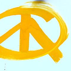 peace (vertblu) Tags: white abstract yellow graffiti minimal postbox abstraction letterbox minimalism hmm abstrakt peacesymbol 500x500 minimalismus symbolofpeace scratchwork macromondays vertblu beginswiththeletterp
