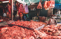 (Richard Strozynski) Tags: street people canon thailand asia south meat east tokina laos 550d 1116mm hotography