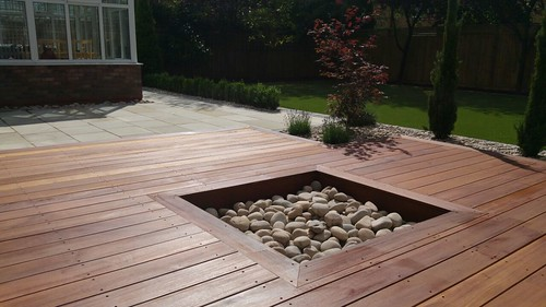 Landscape Gardening Wilmslow -  Decking Paving and Artificial Lawn Image 14