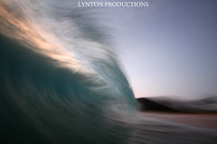 IMG_9007 copy (Aaron Lynton) Tags: sunset beach canon hawaii big maui 7d spl makena shorebreak bigbeach 580exii