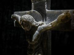 patrickrancoule-983 (Patrick RANCOULE) Tags: sculpture christ pierre passion crucifix crucifixion homme croix clairage jsus patrickrancoule dtaii