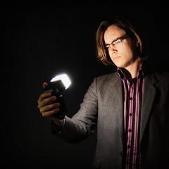 eigenhndig erleuchtet (kann's einfach nicht lassen...) Tags: portrait licht gesicht mann dunkel