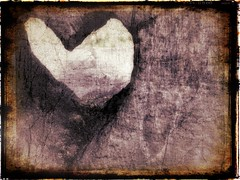 heart (AtelierUte) Tags: wood art ancienttimes
