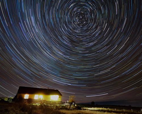 Star trails • <a style=&quot;font-size:0.8em;&quot; href=&quot;http://www.flickr.com/photos/69544236@N04/24719675614/&quot; target=&quot;_blank&quot;>View on Flickr</a>