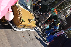 Socit de Ste. Anne 087 (Omunene) Tags: costumes party fun neworleans parade alcohol mardigras partytime faubourgmarigny licentiousness neworleansmardigras walkingparade socitdesteanne mardigras2016 alcoholfueledlicentiousness roylstreet