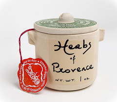 Herbs of Provence (Edward Arthur) Tags: flash product carlzeiss lastolite stlllife strobist ezybox yongnuo