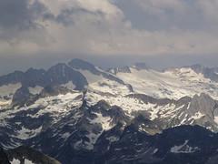 Widok z Montardo na Pico de Aneto