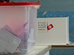 Urnes Tunisie 2014 (lections Qubec) Tags: de haiti bureau vote tunisie lections colombie urnes
