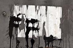 Art pistolaire (Gerard Hermand) Tags: italy black metal canon paper rust paint lock peinture letterbox papier assisi italie serrure lettre bote rouille noire assise unstuck dcoll eos5dmarkii formatpaysage gerardhermand 1406116681