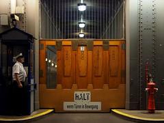 St. Pauli Elbtunnel (Focushaus) Tags: germany hamburg tunnel elbe elbtunnel elbetunnel lifts 2015
