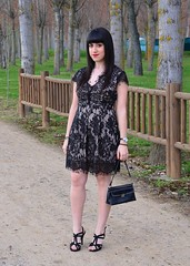 vestido de encaje (El Bal de Raquel) Tags: smart fashion lace lifestyle style blogger elegante wiw partydress encaje streetstyle fashionstyle lacedress whatiwear wiwt ootd lookoftheday fashionblogger