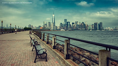 Freedom and Liberty (Allard Schager) Tags: nyc newyorkcity usa newyork skyline architecture us newjersey jerseycity manhattan hudsonriver hudson libertystatepark 2014 newjerseycity freedomtower verenigdestaten nikkor2470mmf28 nikond800 allardschager