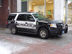 Cambridge PD Ford Expedition (JLaw45) Tags: road street new cambridge england urban usa ford expedition public sport boston america cops state 4x4 metro massachusetts united north newengland police utility company cop area vehicle government service metropolis law parked motor states enforcement mass suv northeast department metropolitan patrol supervisor beantown fulsize