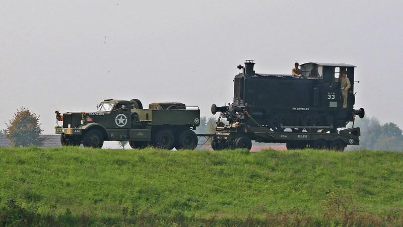 Welp Invasielocomotieven' op Drents-Friese tramnet - Bevrijding YE-62