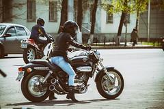 *** (koliru) Tags: girls bike canon motor 6d ef70200mm f40l