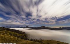 Una tranquilla giornata notturna (Matteo Nebiacolombo) Tags: montagne nuvole liguria luna genova monte nebbia monti stelle riflessione entroterra entroterraligure creto montoggio