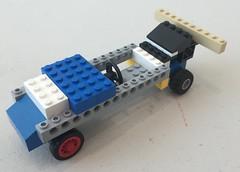 A racing car (2)