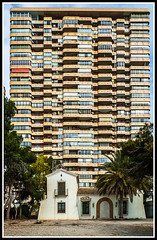La presin del urbanismo (edomingo) Tags: alicante benidorm edomingo leicadlux4
