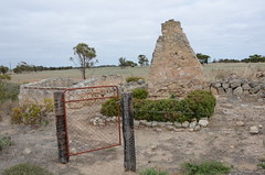 DSC_4389 ruins, Hannah Well Road, Coomandook, South Australia (johnjennings995) Tags: farmhouse ruins ruin australia limestone southaustralia coomandook hannahwellroad