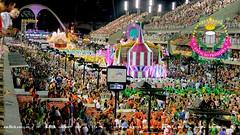 ...e vive a Nao Verde e Rosa, a Velha Manga (Marcos BUCCO) Tags: de olhos dos carnaval campe primeira menina mangueira estao sambdromo 2016 liesa bethnia verdeerosa sapuca apoteose oy
