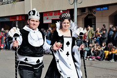 Queen and King (The Whisperer of the Shadows) Tags: street carnival cards calle costume reina couple king pareja parade queen desfile poker disfraz rey carnaval ciudadreal piñata