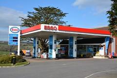 Esso, Seaton Hill Devon. (EYBusman) Tags: station garage hill mobil gas devon service petrol gasoline esso seaton filling exxon eybusman